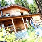 Luxus-Hütte: gut ausge-stattet und Platz für 10.
